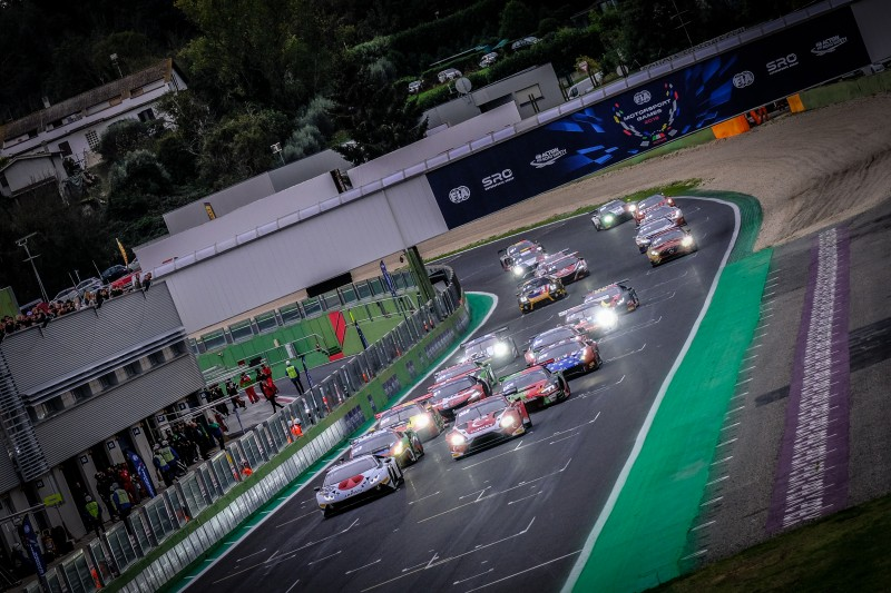 race1_gt_cup